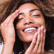 La vitamine D améliore-t-elle la santé des cheveux et de la peau ?